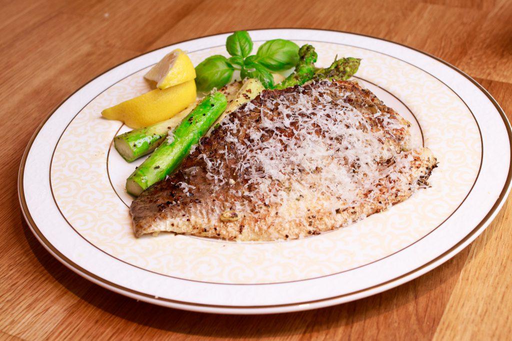 法式檸檬鱸魚排 Sea Bass with Lemon Butter