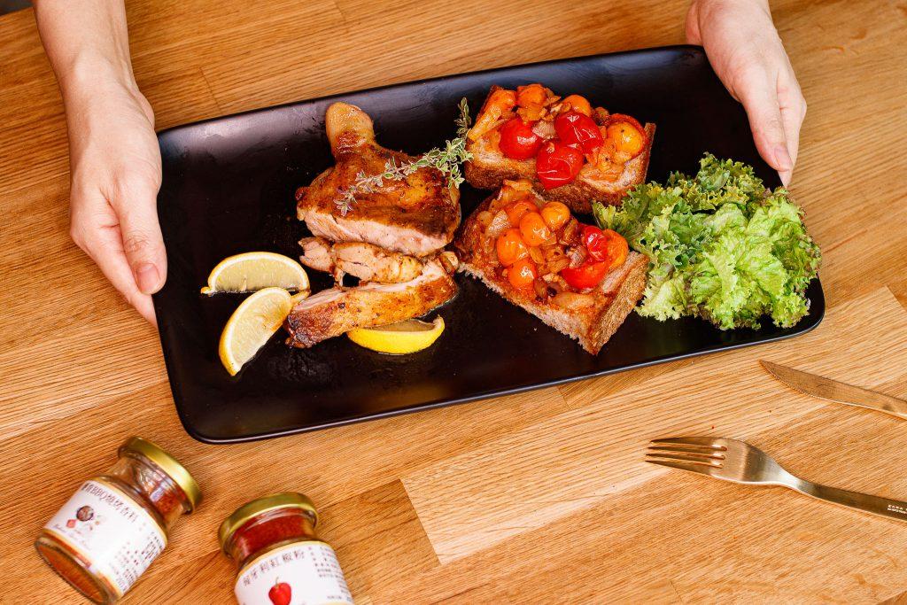 麥肯風味雞腿排 Pan Dried Chicken with BBQ Seasoning