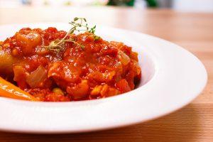 綜合咖哩風味番茄鴨腿排 Braised Duck Leg with Curry Tomato