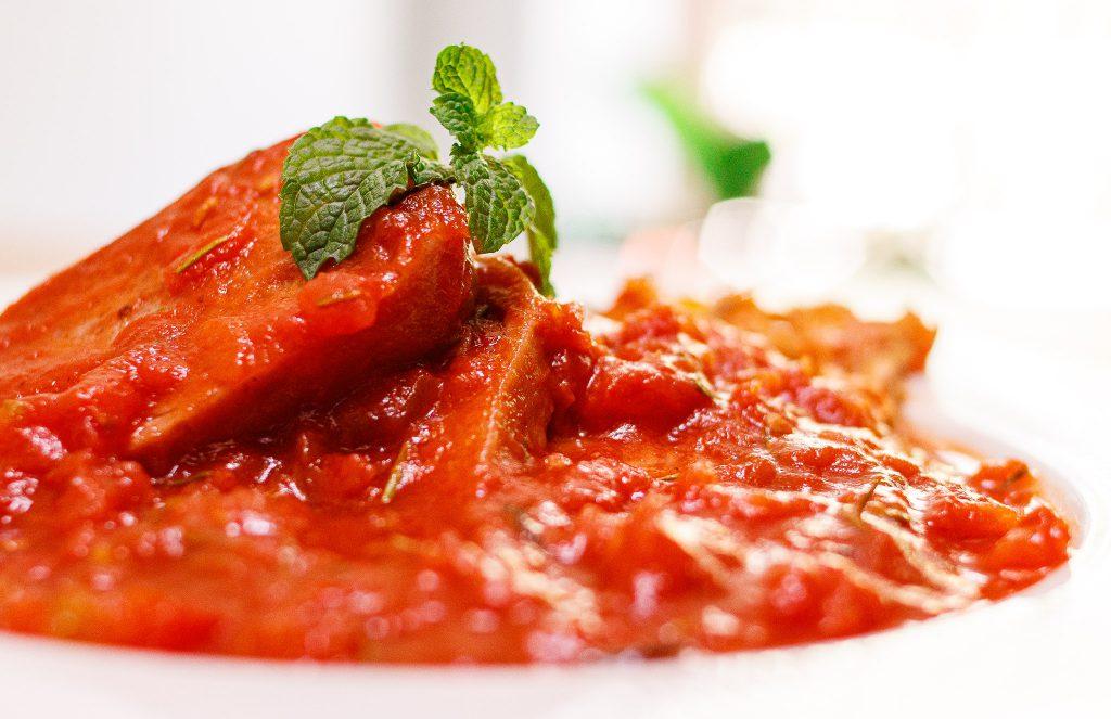 燉番茄午餐肉 Braised SPAM with Baby Cabbage